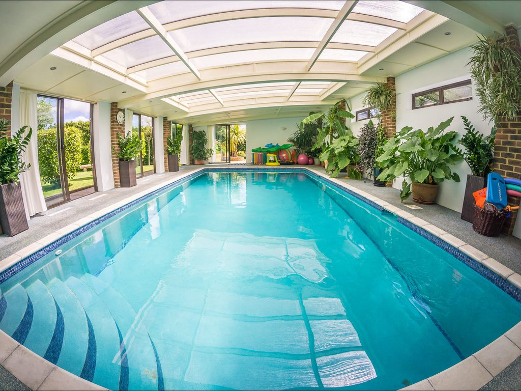 Heated Indoor Pool Hot Tub Countryside Holiday Cottage Near The Beach Park Hastings East