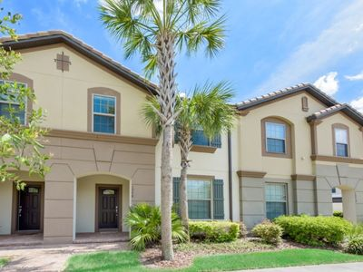Photo for Beautiful Townhome with Private Pool, Close to Disney, Orlando Townhome 3135