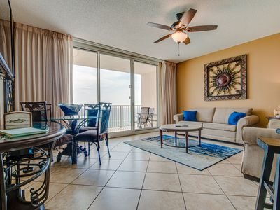 Photo for Perfect rental with views of the Gulf -Includes FREE beach chairs with stay!