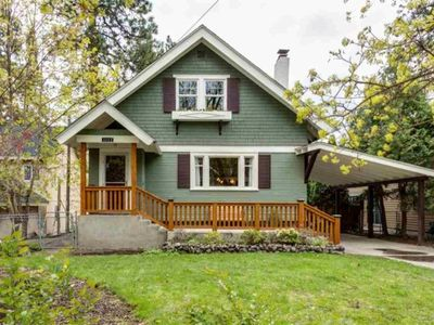 Cliff Park Craftsman: Beautiful home near Hospitals and Manito Park