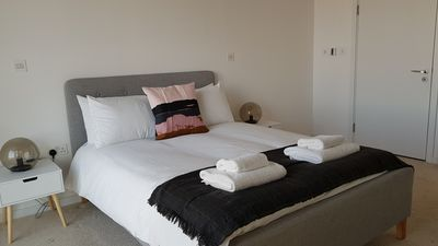 Photo for Large Modern Apartment Close to Excel and O2