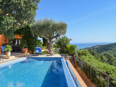 Photo for Private pool, Wireless internet connection, , BBQ. Sea view