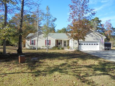 Photo for Family & pet friendly house close to Beaufort, boating and the beach!