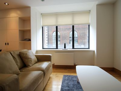 Photo for Spacious Hatton Garden 1B apartment in Islington with WiFi & lift.