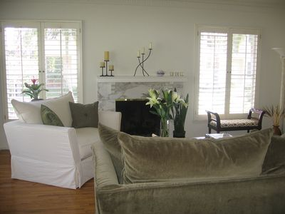 Photo for Beautiful, Sunny Brentwood Apt in Ideal Los Angeles Neighborhood