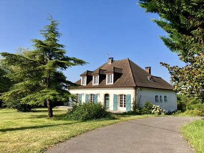 Photo for Villa with Pool & Pyrenees View - Salies de Béarn