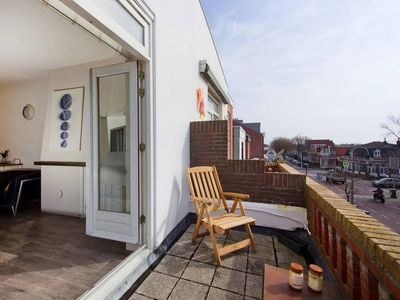 Photo for Zeestraat Family Apartment Zandvoort, sleeps 4