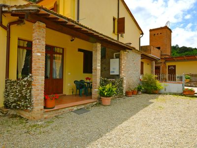 Photo for Apartment Podere Concadoro in Palaia - 2 persons, 1 bedrooms