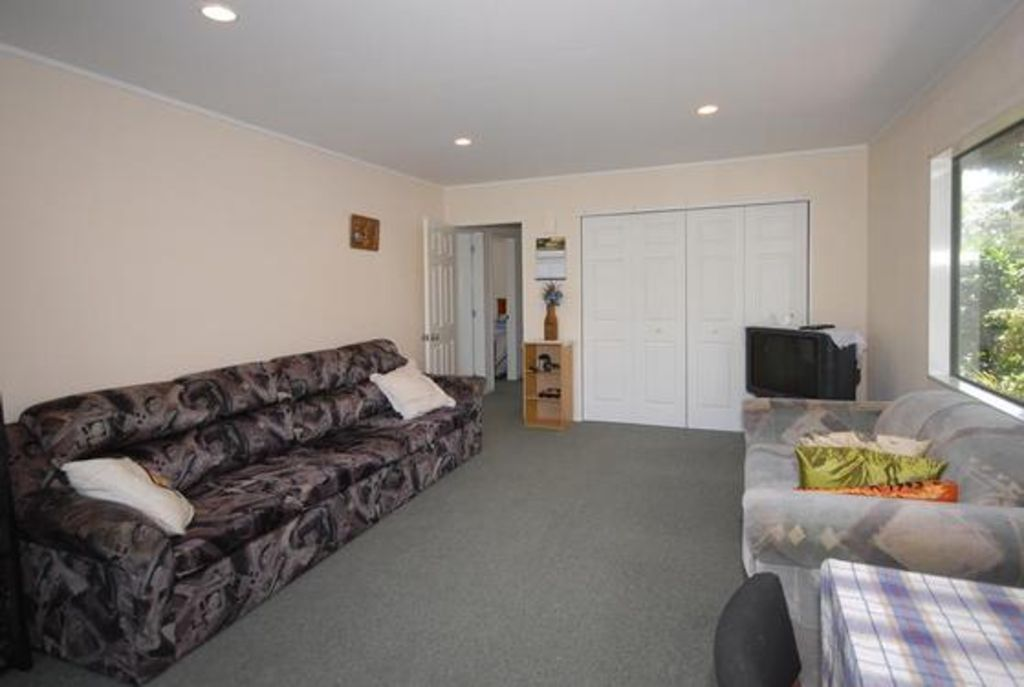 spacious home with adjoining cottages