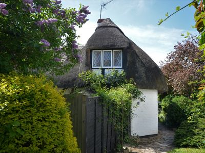 Photo for 2 bedroom Cottage in Stratford-upon-Avon - 41342