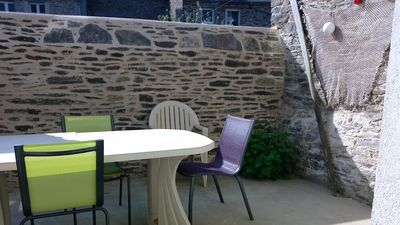 Photo for Cancale 100 m from the port appt 2/4 pers, courtyard, 15 km from ST MALO *** furnished tourism