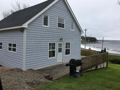Photo for 5 BEDROOM OCEANFRONT RETREAT, SAND BEACH, PRIME LOCATION. GREAT RATE.
