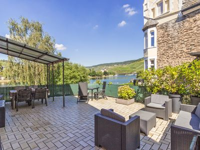 Photo for Bernkastel, large terrace overlooking the Moselle; Bike & hiking trails outside the door; WIFI Parking