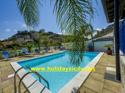 Photo for Villa with pool 3 bedrooms 3 bathrooms wifi a stone's throw from the air-conditioned sea oc