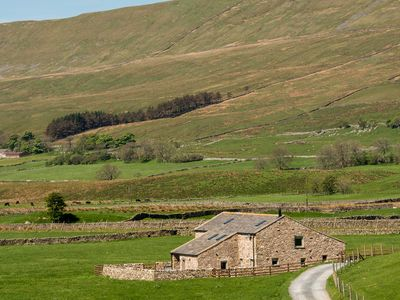 Photo for Three Peaks Barn, CHAPEL-LE-DALE