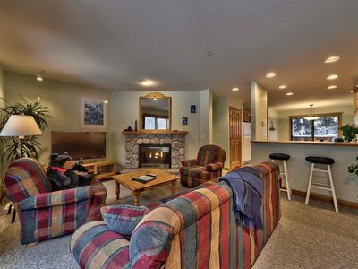 Photo for Multi level 2 bedroom condo, ground floor entrance, close to village center and next to ski runs