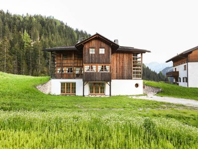 Photo for Holiday Apartment in Luxury Chalet with Country Style Interior, Wi-Fi and Garden