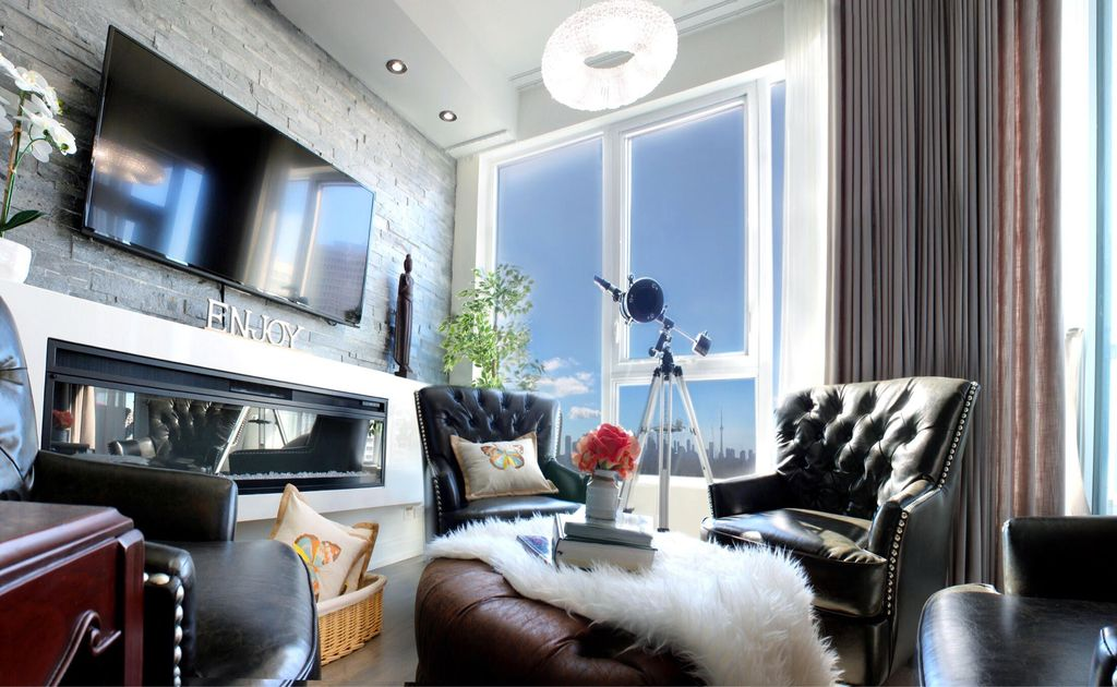 meubl 2br 2ba condo de luxe toronto long terme casa loma location de vacances. Black Bedroom Furniture Sets. Home Design Ideas