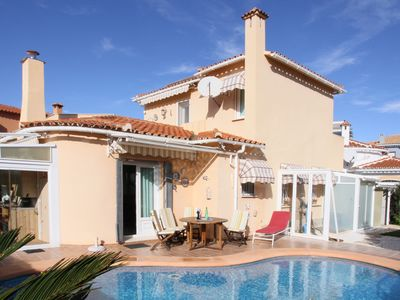 Photo for Holiday house Villa Gafarró, Private pool, 250 m to the sea