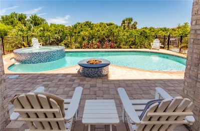 Photo for Windsor by the Sea, 5 Bedrooms, Sleeps 12, Beach Front, Private Pool, Cinnamon Beach