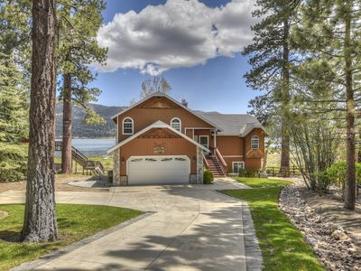 Photo for Lakefront Manor: Luxurious! Spa! Pool Table! Views! Multiple Decks! Master Suite! BBQ!