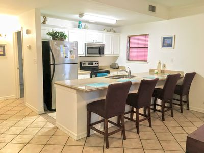 Photo for Simple & Comfortable Home away from Home - 1 Bed, 1 Bath - 2 mins walk to Beach.