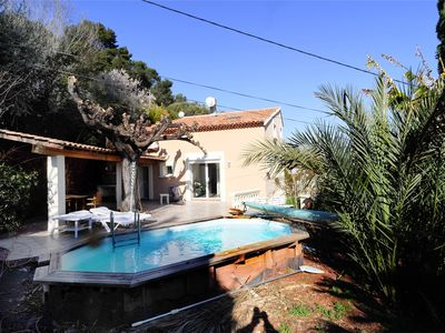 Photo for Villa of 140 m² near the sea with pool