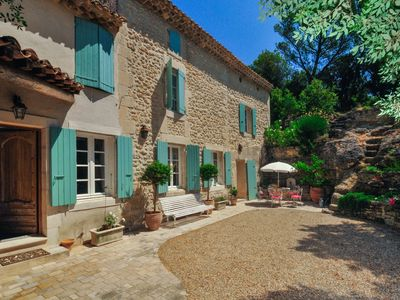 Photo for 4 bedroom Villa, sleeps 8 with Walk to Shops