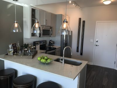 Quartz Countertops with Under Mounted Sink