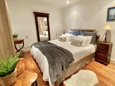 Photo for Comfortable Flat in Kensington