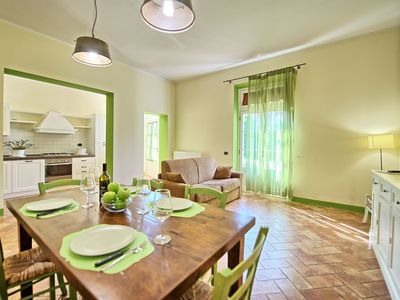 Photo for One bedroom Apartment, sleeps 4 in Canneto with Pool, Air Con and WiFi