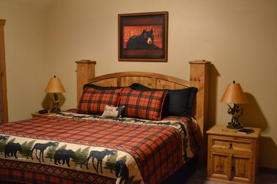 The Alaskan Master Suite with a king size bed.