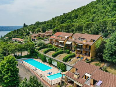 Photo for Apartment overlooking Lake Garda and Pool