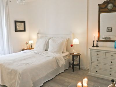 Photo for Cosy, romantic, bright and authentic place at Montmartre, wonderful location !
