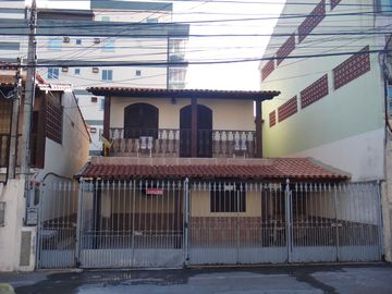 House with great location and accommodation