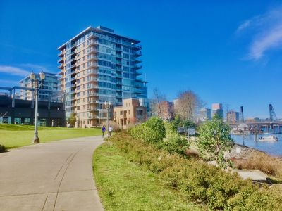 Photo for Elegant Condo at Portland Downtown Riverfront