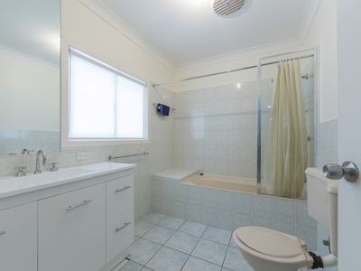 Photo for 37 Kingston Place Tomakin