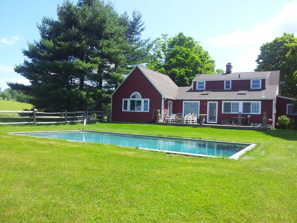 4 Bedroom House With Pool And Lake View Homeaway