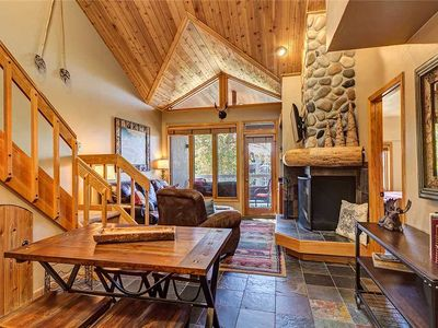 Discounted lift tickets! Incredible Trappeurs Crossing Condo with Pools, Hot tub