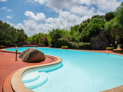 Photo for Cosy apartment in resort with pool - L'Uddastri