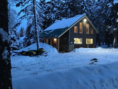 Photo for ⭐20 min Yellowstone Park Next to Sled/ATV Trails Hot Tub New Heated Floors Grill