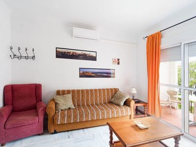 Photo for Beautiful Apartment in City Centre with Balcony & Wi-Fi - Jonico 110