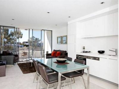 Photo for Stylish & Spacious Wyndel Apartment CLA026404