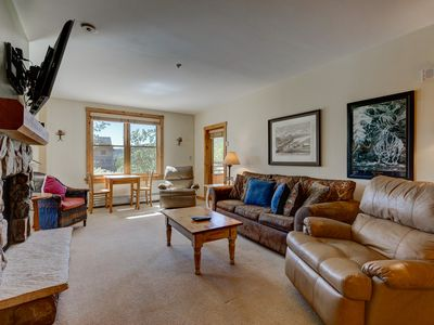 Photo for 2-Bedroom Corner Unit, Sleeps 10, Overlooks Dercum Square, Mountain Views