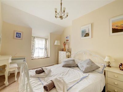 Photo for Vacation home Price Cottage in Looe - 4 persons, 2 bedrooms