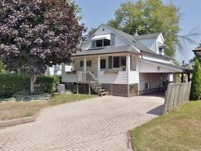 Photo for 1BR House Vacation Rental in Mississauga, ON