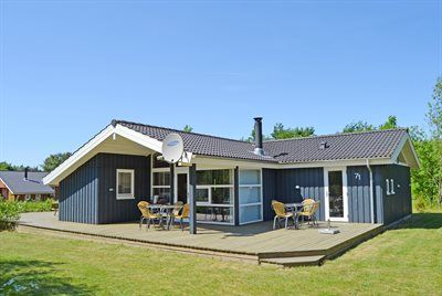 Photo for 4 bedroom accommodation in Toftlund