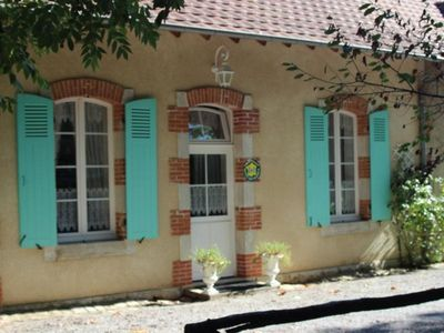 Photo for Gite Lurcy-Lévis, 1 bedroom, 3 persons