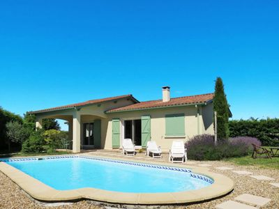 Photo for 3 bedroom Villa, sleeps 6 in Ordonnac with Pool and WiFi