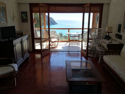 Photo for Area 5 Terre. Beautiful sea view in residence with tennis and swimming pool